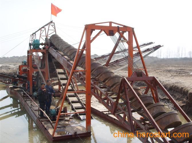 供应挖沙船