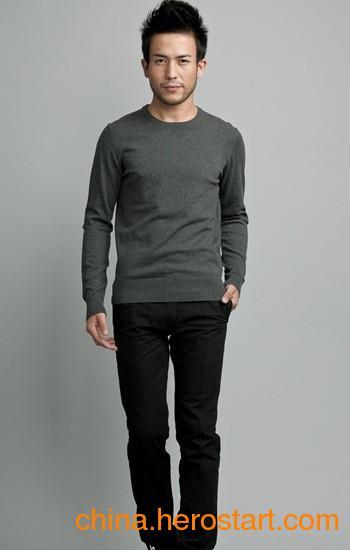 供应针织毛衣厂家生产销售时尚优雅潮流精致针织男装