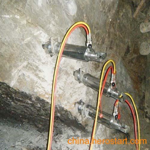 供应大理石荒料分解开采设备液压分裂机