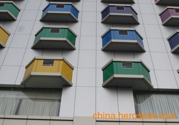 供应宝丽雅建筑用铝塑板