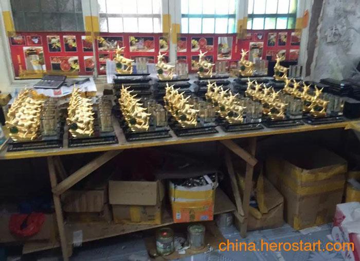 上海供应三羊开泰礼品-元旦赠送领导朋友最佳礼品-羊年生肖礼品定制