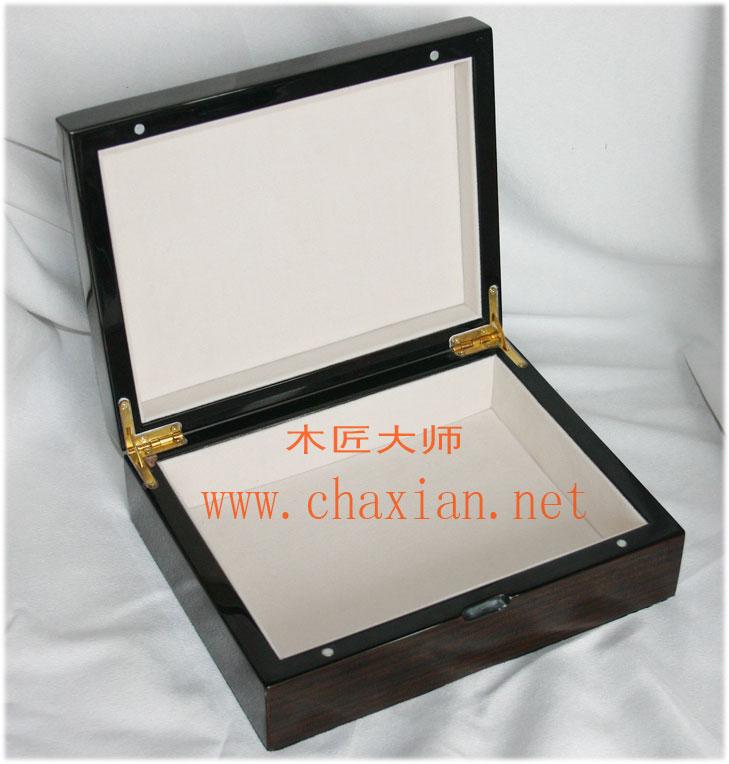 供应木盒钢琴漆燕窝盒