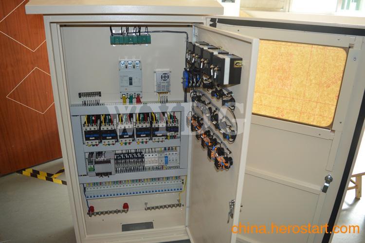 供应西门子 三菱PLC控制柜 PLC可编程智能控制柜