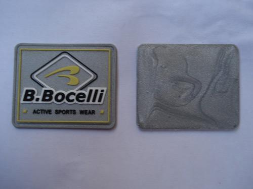 供应银色商标 胶章 PVC商标