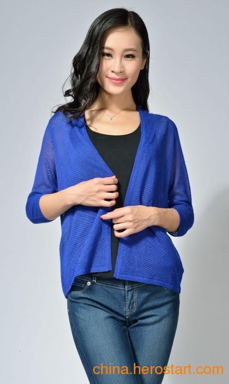 东莞毛衣厂家款式多样开春魅力针织女装批发供应