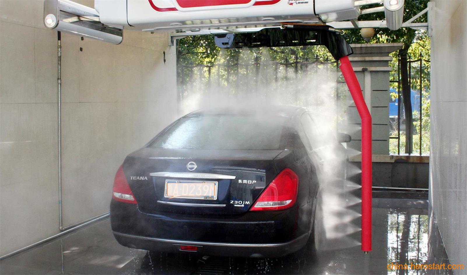 供应环绕洗车机冲洗效果