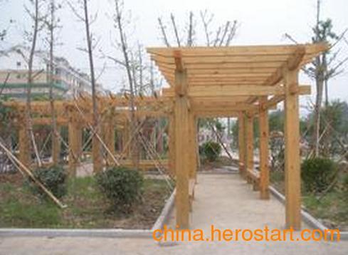 供应青海防腐木工程,西宁防腐木工程设计