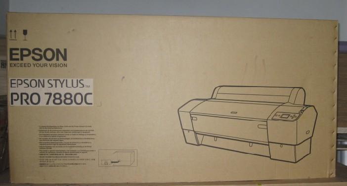 供应全新爱普生9880c大幅面进口打印机写真