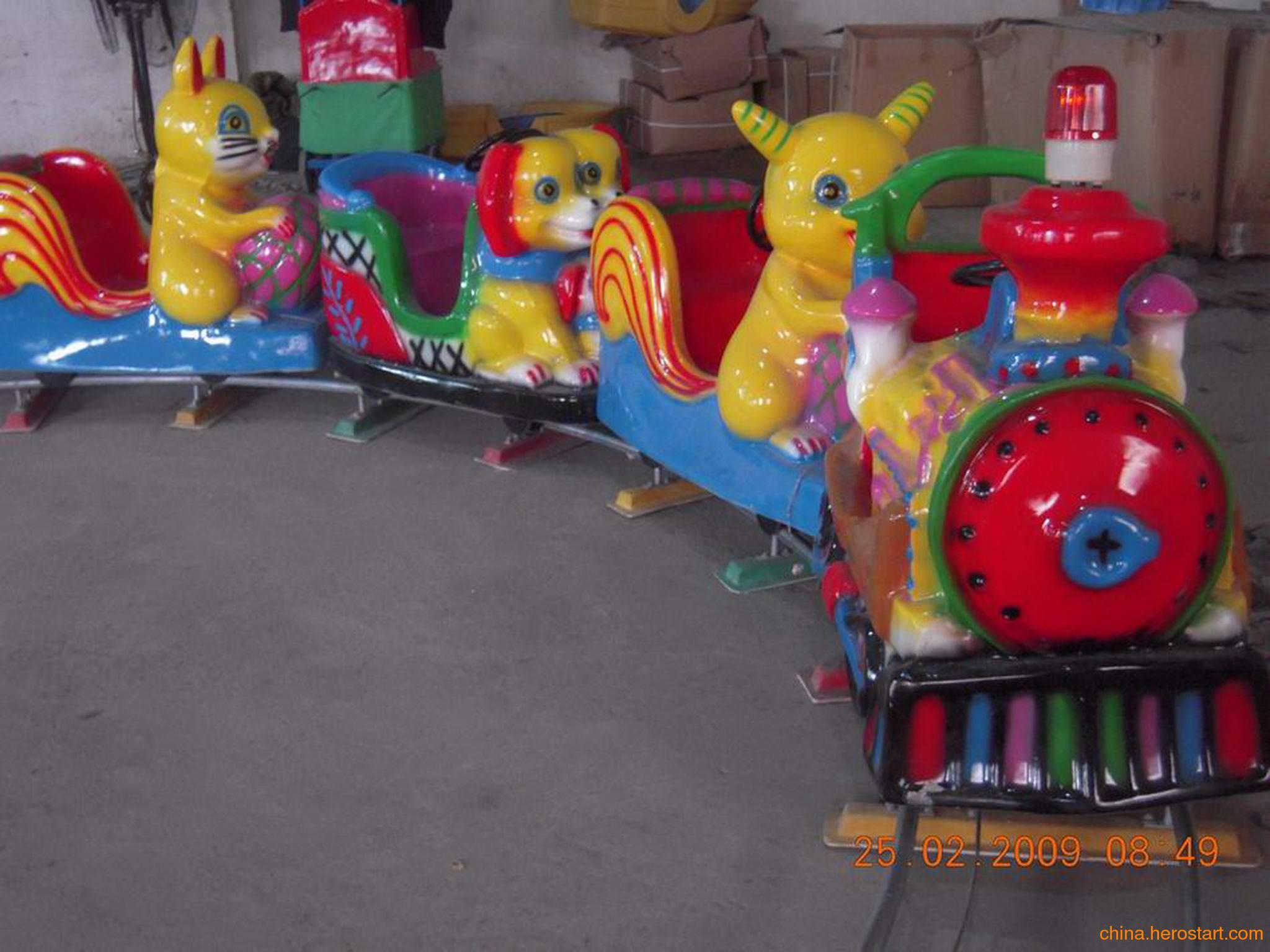 供应儿童小火车造型TS002
