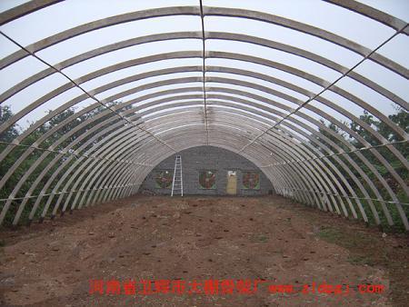 供应无支柱大跨度家禽养殖大棚骨架图片