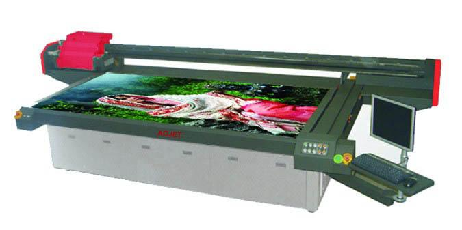 供应高清UV平板喷绘机上海傲杰主打产品