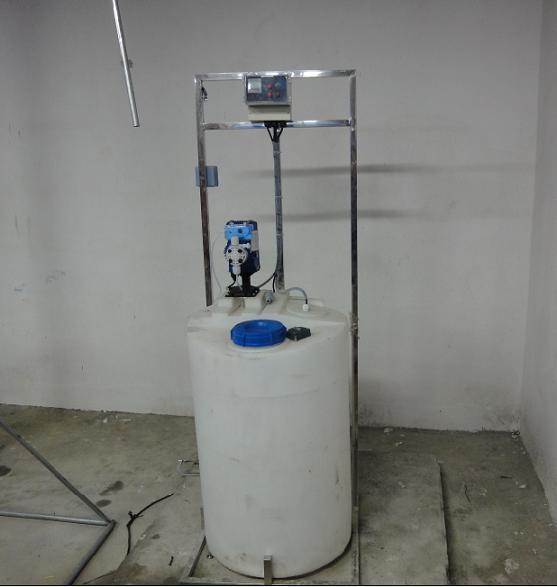 供应中央空调自动加药设备