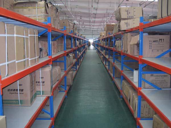 供应青岛地区的货架,工位器具,物流台车,仓储笼促销卖了