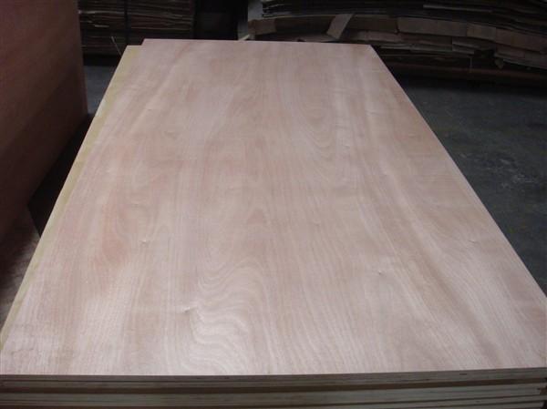 供应高档家具基板,贴宝丽纸、华丽纸用的胶合板