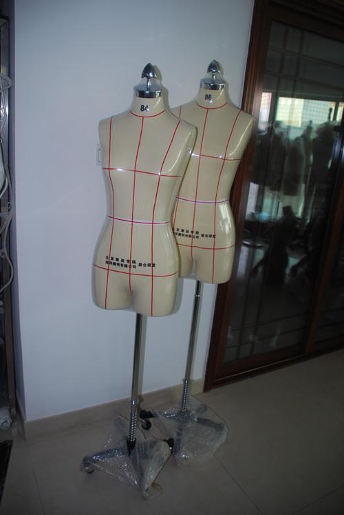 供应展示模特,玻璃钢模特,珍珠白模特,亮光模特