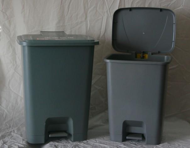 供应生活用垃圾桶,灰色垃圾桶