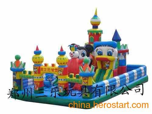 供应2012年哪款儿童充气城堡生意好啊