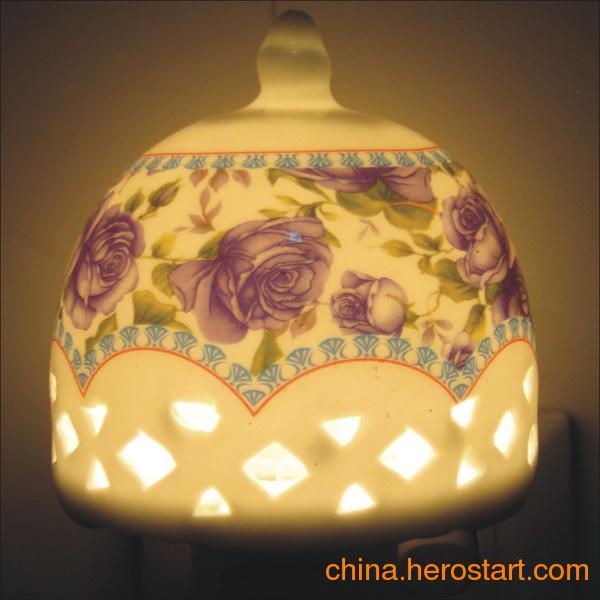 供应陶瓷香薰小夜灯
