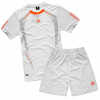 供应阿迪达斯足球服 专业生产各类球衣球服