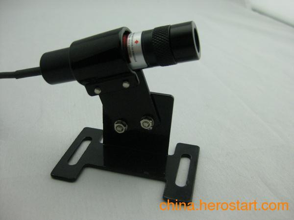 供应激光定位灯、一字线定位灯、十字线定位灯、一字镭射