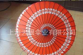供应油纸伞,工艺伞,礼品伞,山水伞,风景画伞,人物画伞,伞厂