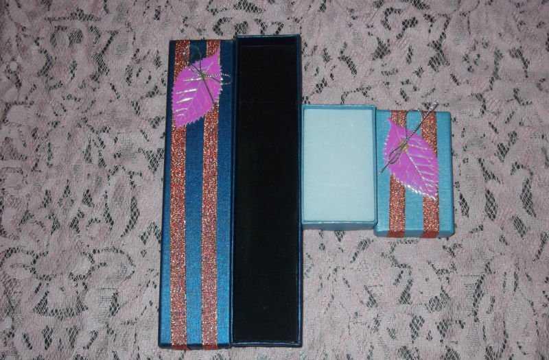 峰瑜包装有限公司提供精致的项链首饰盒