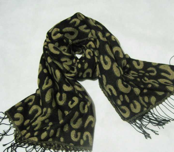 2011年最新明星款豹纹时尚围巾韩国秋冬围巾披肩(8色)