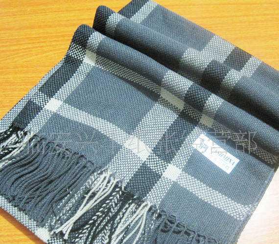 厂家直销围巾披肩仿羊绒围巾披肩经典格子灰色款