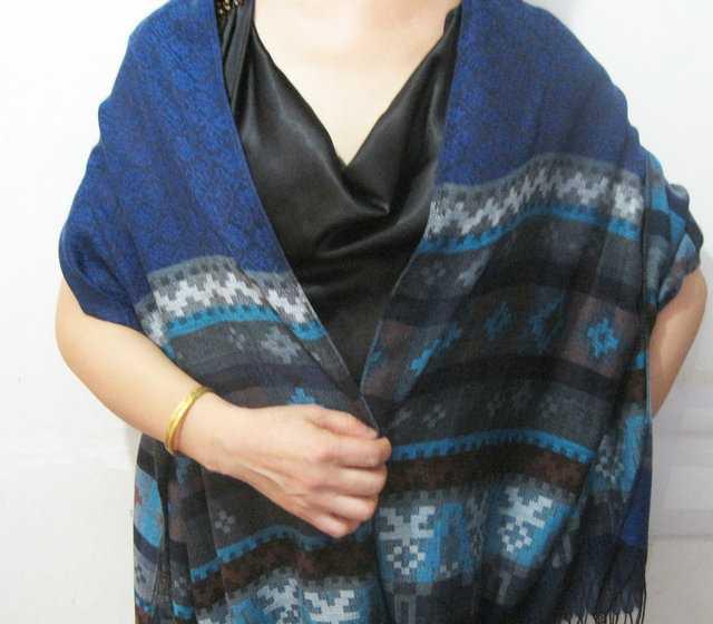外贸定单独特宝塔纹2011最新款披肩围巾多用款冬季围巾丝巾披肩
