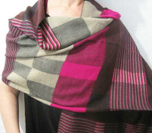 外贸定单2011最新款仿洋绒格子围巾披肩