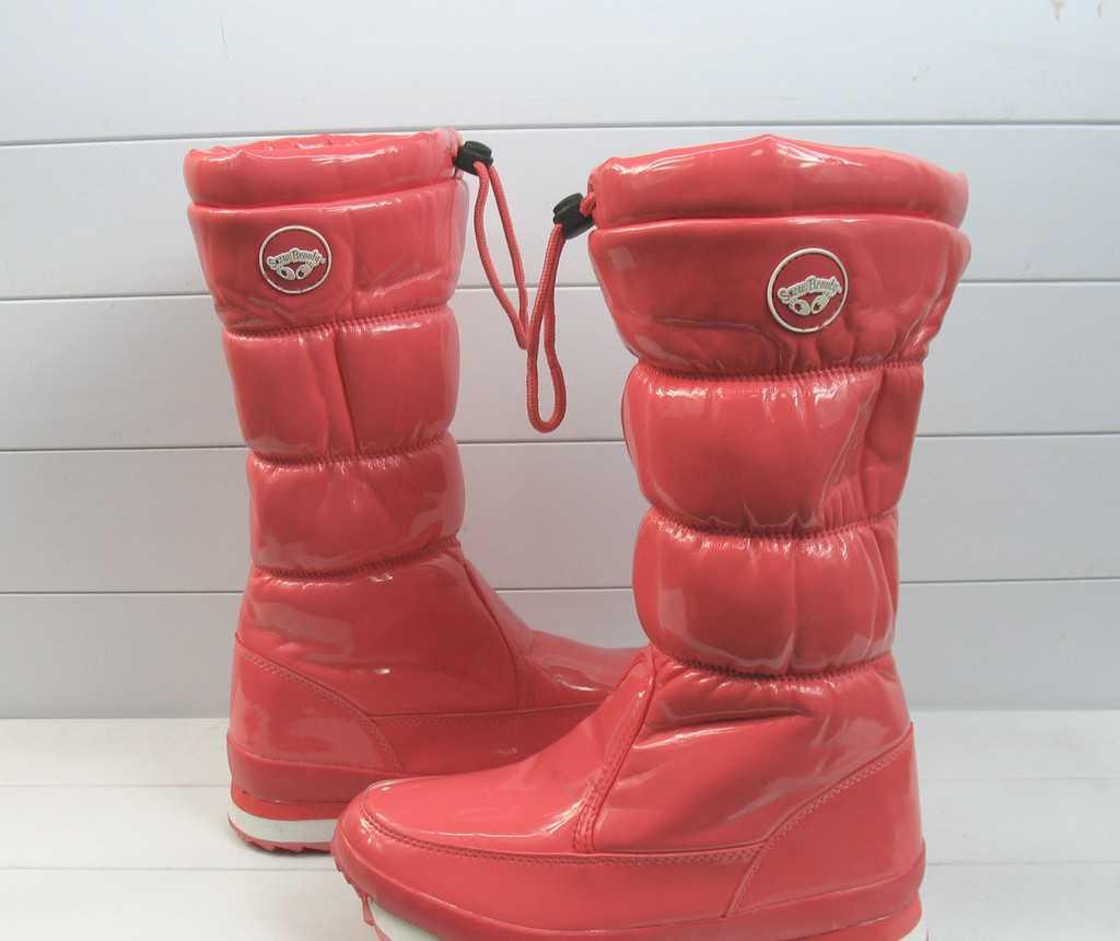 2011新款 防水防滑 中筒雪地靴 女 漆皮雪地靴