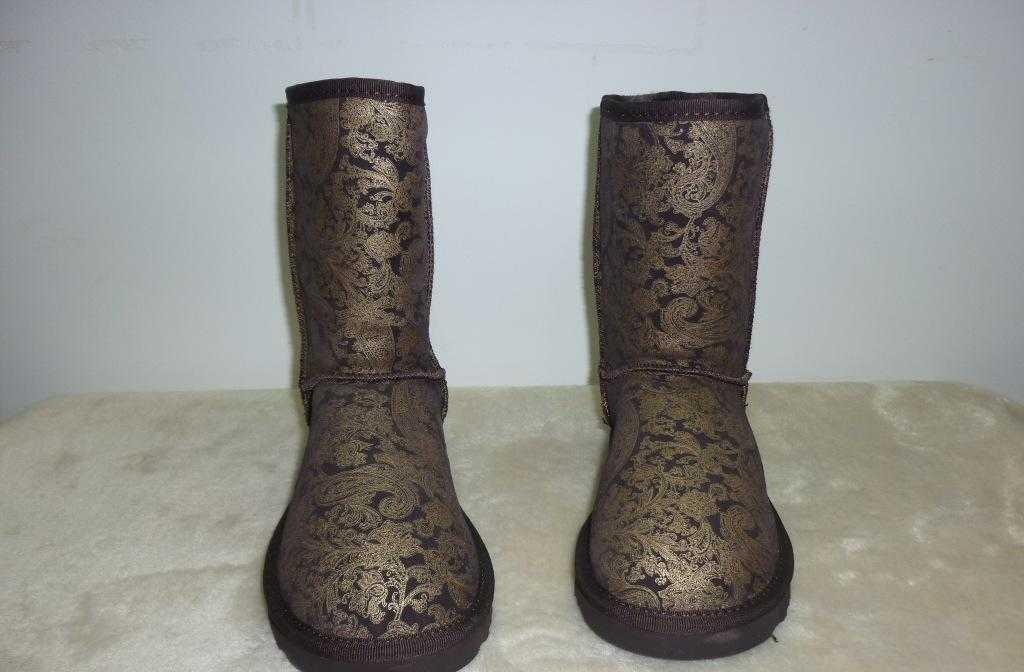 雪地靴专业生产批发