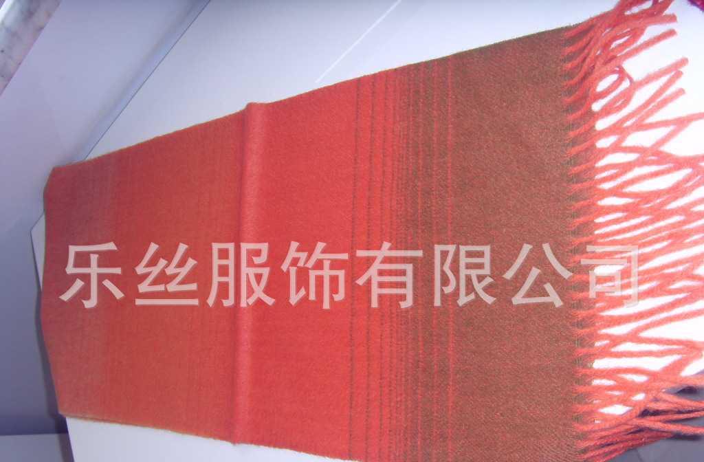 定做各种新款时尚印花羊毛围巾----欢迎来图来样定制