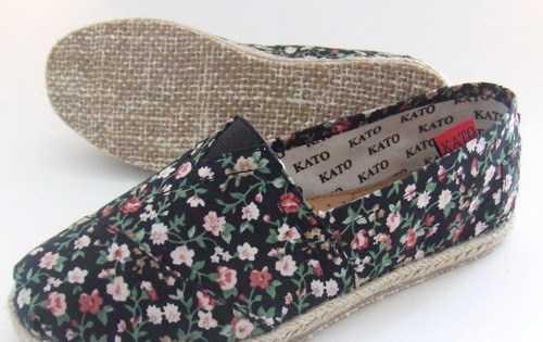 生产TOMS COROS 帆布鞋