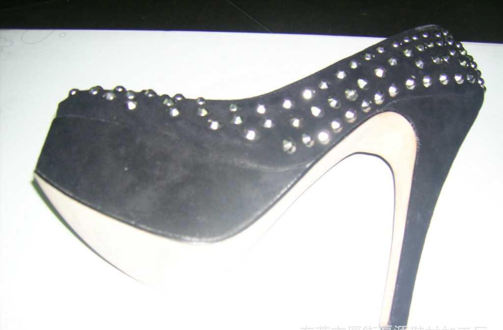 2012春季新款 真皮 铆钉超酷欧美风性感高跟单鞋子
