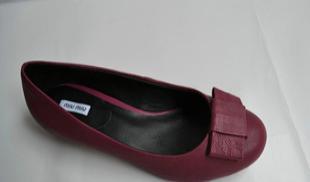 缪缪里外全皮平底单鞋休闲鞋 承接订单生产