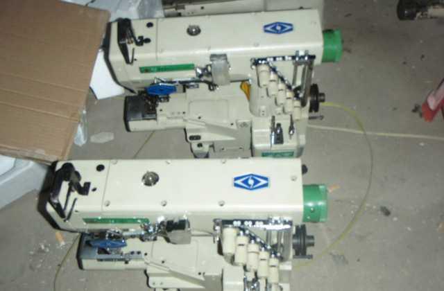 二手服装加工设备/三针五线小方头绷缝机/电脑缝纫机/四针六线