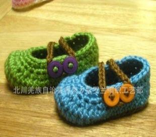 批量供应2012夏钉珠 手钩童鞋 手工编织宝宝鞋 毛线 编织婴儿鞋