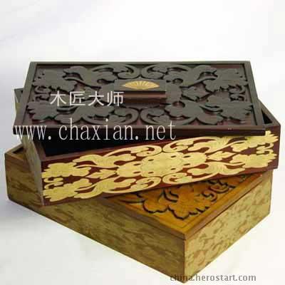 **激光雕刻木盒
