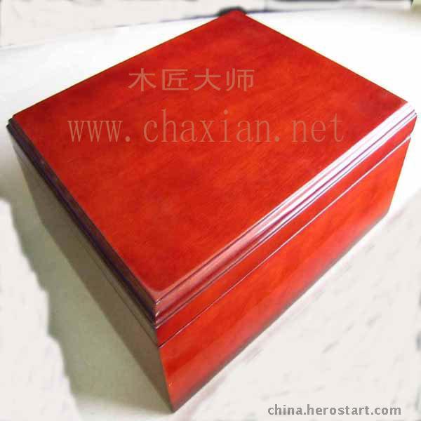 红木油漆盒子