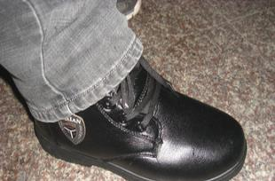 库存服饰,库存男士棉靴,库存男士棉鞋,库存男士皮鞋