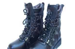 秋冬新款时尚牛皮超酷男靴 户外牛仔靴 马靴 男式军靴子8608黑