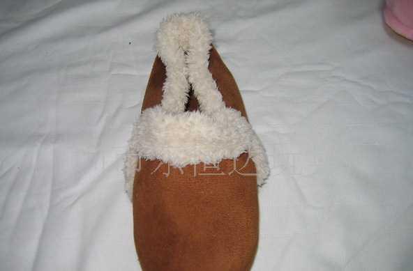 深圳东恒达玩具厂棉鞋毛毛鞋卡通鞋小额批发动物拖鞋家居拖鞋加工