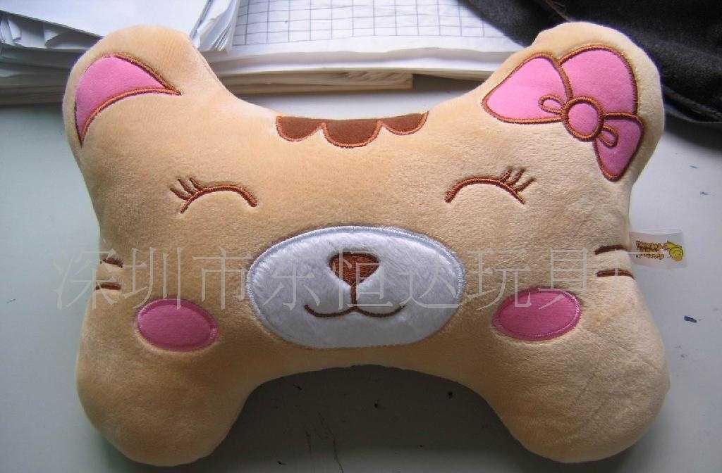 深圳市东恒达玩具厂卡通枕头车枕抱枕座垫靠垫腰枕腰垫加工