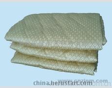 专业贴牌供应电气石养生床垫