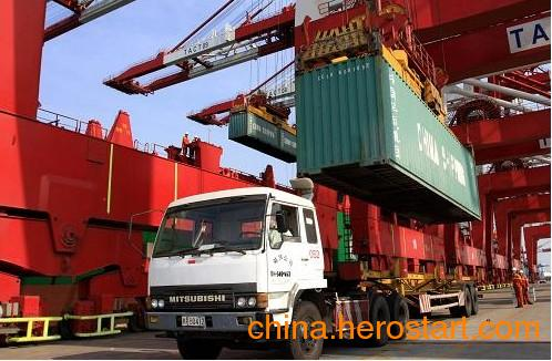 供应香港到新沙港海运驳船专业代理公司