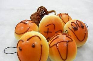 仿真食品 小面包 手机链 挂件 日韩流行 创意礼品 笑脸面包