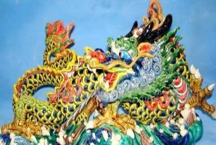 中国特色陶瓷摆件交趾陶,彩色家居摆件龙陶瓷