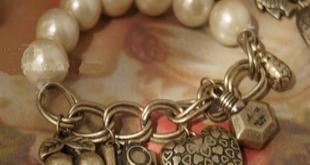 53214【欧美外贸原单饰品】摩登小姐 质感珍珠吊坠复古手链 A款