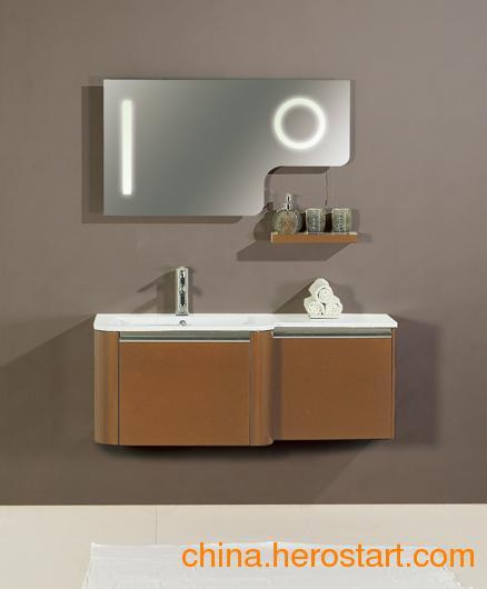 供应佛山卫浴昊沃含灯浴室镜柜HX1202